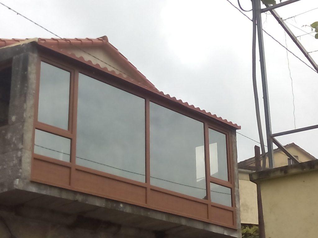 Cierre-de-galería-en-PVC-Embero-1024×768
